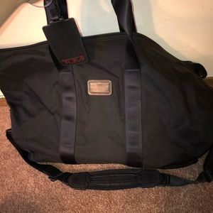 Tumi Bags - TUMI Black Corporate Collection Weekender Duffel 13e38b482e37b